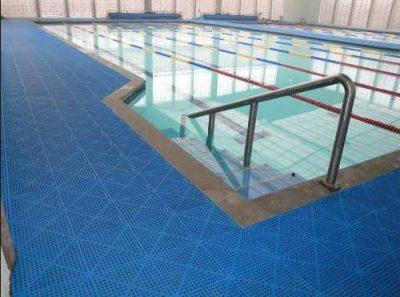 Tapetes-S-kap-para-piscina-área-úmidas-em-Sorocaba-Inova-Tapates-400x297